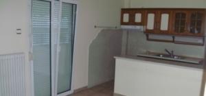 Διαμέρισμα 70 τ.μ. πλήρως ανακαινισμένο